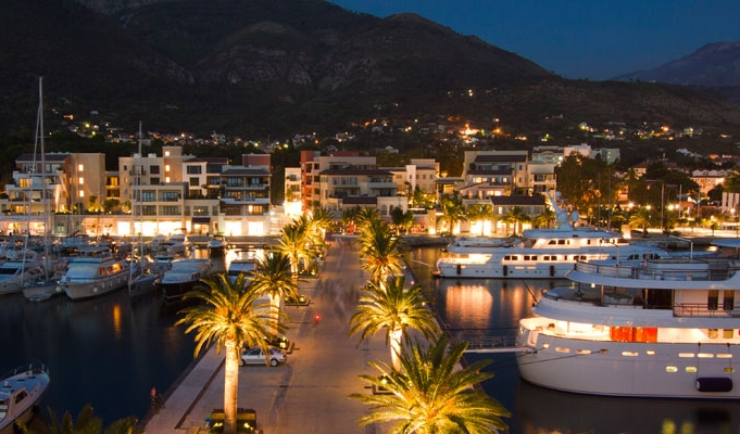 PORTO MONTENEGRO BY NIGHT